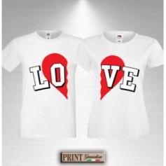 T-Shirt - LOVE CUORE A META' - Idea regalo - Coppia - San Valentino